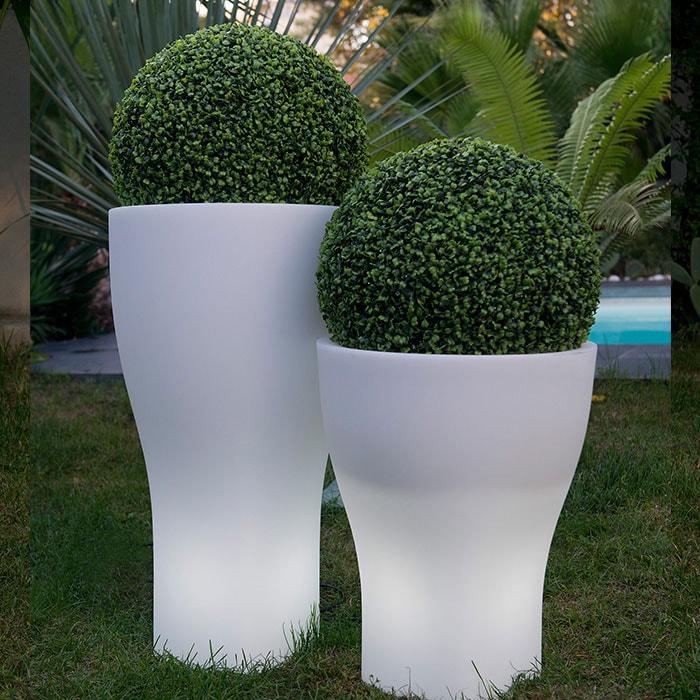 Vaso bianco luminoso